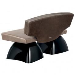 Чакащи столове - MOMENTO